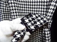 画像11: 上品スタイルで決める!ROPE(ロペ) 千鳥格子柄ベルト付ツイードコート アイボリー×ブラック サイズ:9AT USED 【レディース】 (11)