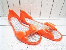 画像4: 夏に映える1足 FURLA(フルラ)  CANDY(キャンディー) オープントゥ PVCサンダル サイズ:39(24cm前後)オレンジ×ベージュ レディース (4)
