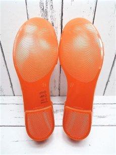 画像10: 夏に映える1足 FURLA(フルラ)  CANDY(キャンディー) オープントゥ PVCサンダル サイズ:39(24cm前後)オレンジ×ベージュ レディース (10)