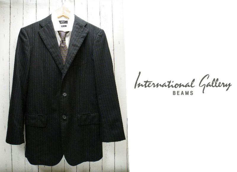 画像1: 持っていると便利な1着  International Gallery BEAMS ストライプ柄ブラック系 背抜きスーツジャケット|サイズ:44(肩幅:約44cm) (1)